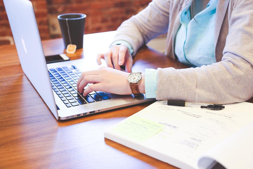 Sites bacanas que oferecem cursos gratuitos para ocupar a cabeça na quarentena