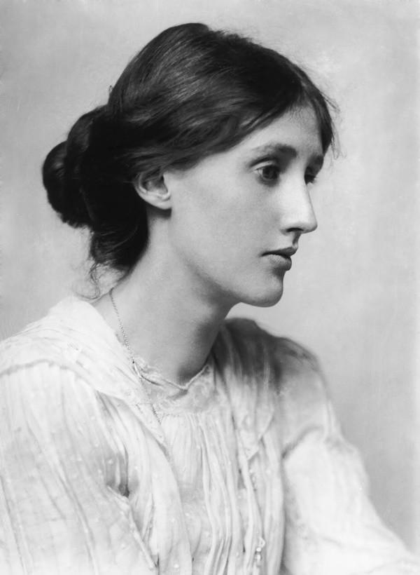 Um brinde à Virginia Wolf: uma escritora à frente do seu tempo.