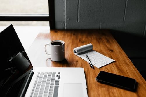 Entrevista de emprego on-line: seis dicas para se dar bem!