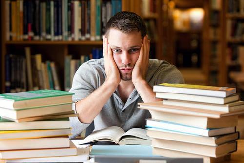 Vida acadêmica e a hiperprodutividade