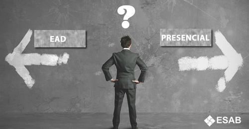Ensino a distância é bom, mas não chegou para substituir o presencial.