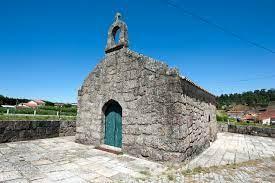 Capela, igreja e santuário, sabe a origem?