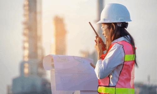 Mulheres na Engenharia: Desafios e Superações