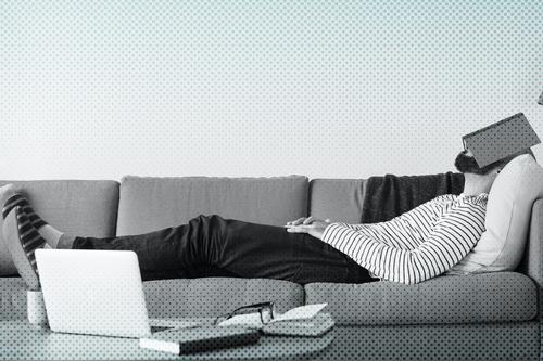 Anda DORMINDO nas aulas online? Confira 10 DICAS para se manter acordado!